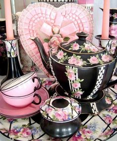 Tea Set black and pink