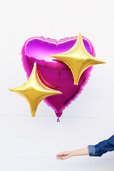 DIY Emoji Heart Balloons - Studio DIY