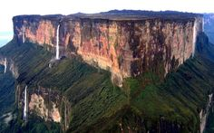 Mount Roraima, South America - 20 Sights That Will Remind You How Amazing Earth Is