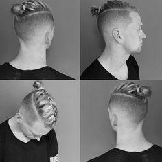 Coque masculino é coisa do passado, agora a moda é... trança, a #manbraid!! E o mais impressionante? Os caras não estão apostando nos penteados fáceis não, olha só essa trança embutida!! 😲 É 👍 ou 👎? Para ver mais, vai lá no link da bio! (📷: @mikeyyyyyyy_)