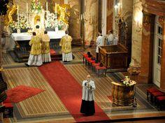 Una Voce Austria In Annuntiatione B. M. V. — at Karlskirche. Missa solemnis in festo annuntiationis B. M. V. die 4 aprilis a. D. 2016 celebrata.