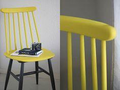 Meuble VINTAGE - Chaise à retaper d'inspiration scandinave pour seulement 10 € dans un dépôt vente.