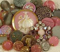 old buttons & i love this bunch! (see the carnival glass ones?)