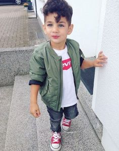 21 ideas fashion kids boy bebe - My favorite children's fashion list Fashion Kids, Toddler Boy Fashion, Little Boy Fashion, Toddler Boy Outfits, Cute Baby Boy, Baby Boy Swag, Outfits Niños, Kids Outfits, Baby Outfits