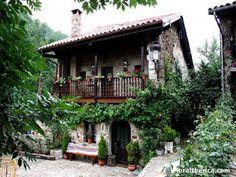 Casa de un antiguo pueblo de Cantabria