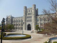 Visit to Korea University Middle School Boys, I School, Education Architecture, School Architecture, High School Romance, Korea University, Episode Backgrounds, Dream School, School Building