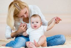 How Can Parents Help Their Baby Learn To Sit?