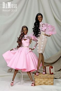 FAhion Dolls in pink dress. Ebony Models, Black Models, Barbie Dress, Barbie Clothes, Barbie Doll, Pink Dress, Fashion Royalty Dolls, Fashion Dolls, Bjd