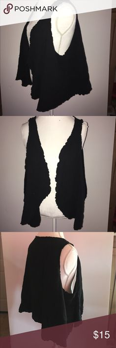 Black cotton vest with wavy edges.  size XL Lagenlook, layered look -black vest. A great vest for layering!  100% cotton with wavy edges. No labels.  Nicely made.  Size XL or 14/16 Tops