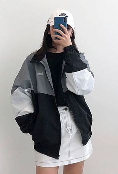 Sales on amazing korean fashion trends. Tokyo Street Fashion, Korean Street Fashion, Korea Fashion, Asian Fashion, Grunge Outfits, Edgy Outfits, Fashion Outfits, Fashion Ideas, Korean Streetwear