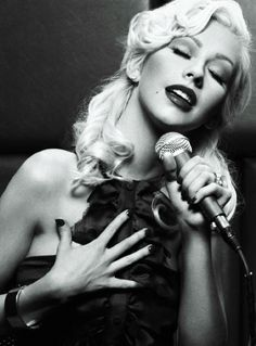 Christina Aguilera has the prettiest voice I've ever heard. Id kill to sound like her.