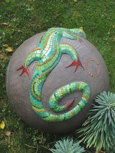 Gecko on garden ball