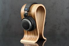 Sieveking Omega Headphone Stand - Massdrop