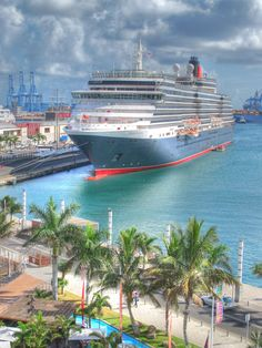 El Queen Victoria en Las Palmas de Gran Canaria, Canary Islands,  Spain