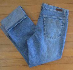 Calvin Klein Womens Cropped Blue Denim Jeans Capri Cuff Size 8 Vintage Stretch #CalvinKlein #CapriCroppedCuff