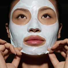 If winter has turned your skin into a dry and dull mess, consider adding a facial peel to your skincare routine. These are the best beauty products to exfoliate your dead skin and leave you with a brighter, smoother face. Facial Skin Care, Facial Peels, Skin Care Routine 30s, Skincare Routine, Beauty Routines, Best Laser Hair Removal, Black Skin Care, Smooth Face, Lighten Skin