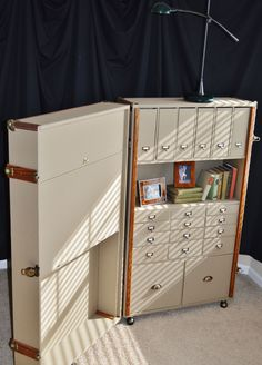 Custom Made Steamer Trunk Desk & Secretary Trunk Furniture, Folding Furniture, Multifunctional Furniture, Space Saving Furniture, Unique Furniture, Furniture Making, Furniture Makeover, Diy Furniture, Furniture Design