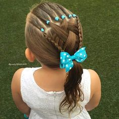 Rubber band headband and criss-cross feathering into three strand braids - Peinados Lil Girl Hairstyles, Princess Hairstyles, Pretty Hairstyles, Braided Hairstyles, Guy Haircuts, Hairstyle Images, Latest Hairstyles, Hairdos, Girl Hair Dos