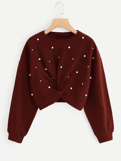 To find out about the Twist Detail Beaded Decoration Sweatshirt at SHEIN, part of our latest Sweatshirts ready to shop online today! Jordan Women, Mode Outfits, Fashion Outfits, Sweatshirts Online, Men's Hoodies, Sweaters And Jeans, Pullover, Hoody, Sweat Shirt