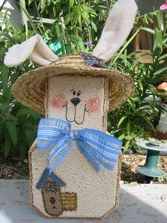 Yard Art Garden Decor Garden Decoration by SunburstOutdoorDecor Painted Bricks Crafts, Brick Crafts, Painted Pavers, Stone Crafts, Wood Crafts, Diy Crafts, Spring Crafts, Holiday Crafts, Holiday Decor