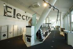 Besuche uns im Electrolux Kunden Center im St. Jakobsturm in Basel. Erlebe den Kombibackofen Profi Steam, den Induktions-Teppan Yaki und den Indukions-Wok aus nächster Nähe. https://www.facebook.com/pages/Electrolux-Kunden-Center-Basel/349684031774594