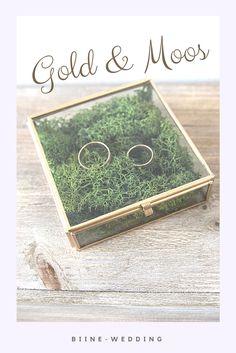 Glasschatulle mit Moos als Ringkissenalternative zur Hochzeit
