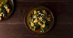 Cuttlefish with spinach by the Greek chef Akis Petretzikis. A quick and easy recipe for a traditional dish with cuttlefish and spinach in a pan! Clean Eating, Healthy Eating, Fish And Seafood, Palak Paneer, Seafood Recipes, Kids Meals, Stew, Spinach, Veggies
