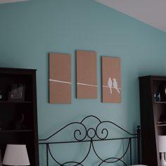 DIY wall art. Paint on burlap. Tutorial included.