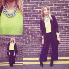 The pow, wow necklace really adds to Frankie's outfit, do you agree?