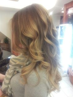 Light brown ombre hair with layers