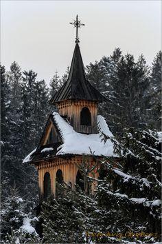 Witów - Wieża drewnianej kaplicy przy kościele w Witowie
