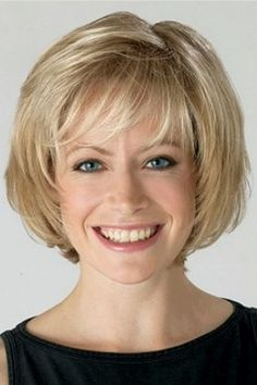 Hair Beauty - Affordable Blonde Wavy Chin Length Bob Wigs help you achieve a pretty look. Find cheap blonde bob style wigs with bangs or Layered Bob Hairstyles, Bob Hairstyles For Fine Hair, Short Bob Haircuts, Hairstyles Haircuts, Teenage Hairstyles, Trendy Hairstyles, Chin Length Hairstyles, Creative Hairstyles, Wedding Hairstyles