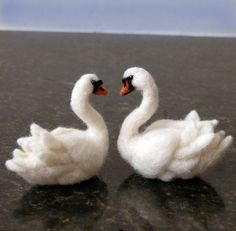 Welcome To Amber Rose Creations   Some lovely needle felted animals here.