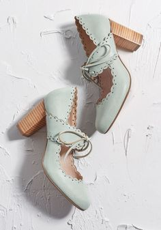 29e059d357e Get Your Frill Oxford Heel Mint Oxford Heels Outfit