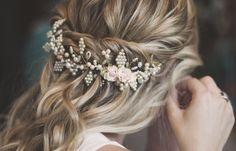 #novia2018 #peinados #peineta #hair combs #Peigne #Pettinino #Penteados #pentes de cabelo #semirecogidos #wedding #belleza #casamiento.com.ar #love #hair #noviargentina