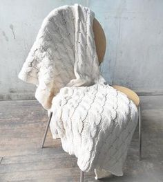 White Cable Knit Throw Blanket