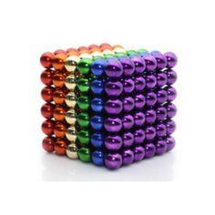 Van onze Magneetballetjes Rainbow wordt iedereen blij. Niet omdat je er een pot goud bij krijgt, of iemand je een spannend Iers sprookje gaat vertellen maar omdat deze Magnetische balletjes Rainbow set bestaat uit alle kleuren die je ook tegenkomt in een echte regenboog. De regenboog is misschien wel het mooiste verschijnsel want ons moedertje natuur te bieden heeft. Met onze magneet balletjes rainbow zit je er weer gekleurd bij deze zomer! #Neocube  #magnetic #Toy