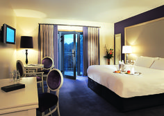 Hotel Kilkenny - bedroom You wanna enjoy the great nightlife of Kilkenny? Your bedroom is waiting for you after a long night! Great Night, Evening Meals, Meals For Two, B & B, Best Hotels, Night Life, Competition, Relax, Sleep