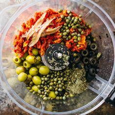 Sonnengetrocknete Tomaten-Tapenade-Bagels - Herzhafter Zahn - Sonnengetrocknete Tomaten-Tapenade-Bagels Imágenes efectivas que le proporcionamos sobre diy Una im - Davita Recipes, Gourmet Recipes, Vegetarian Recipes, Cooking Recipes, Healthy Recipes, Recipies, Tapenade, Yummy Appetizers, Appetizer Recipes