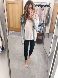 You guys LOVED my try-on session in the Nordstrom dressing room at the Anniversary Sale yesterday, and I wanted to make all the links in one easy place for you to shop! Here you will find EVERYTHING I tried on yesterday and a little about the sizing! For reference, I'm 5'4″ and weigh about 118lbs. You guys LOVED this outfit. These moto leggings and gray top were my top requested items! Top: Zella (Size Small) Leggings: Zella (Size Small) This cardigan is a little pricey, but it's SO cozy it…