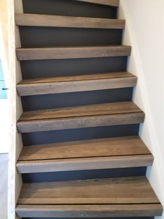 Basement Stairs, House Stairs, Modern Staircase, Staircase Design, Stair Renovation, Painted Stairs, House Inside, Industrial House, Scandinavian Home