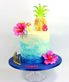 Tropical pineapple birthday cake