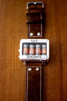 Best Watches For Men, Luxury Watches For Men, Cool Watches, Nixie Tube Watch, Aftershave, Hand Watch, Docking Station, Beautiful Watches, Digital Watch