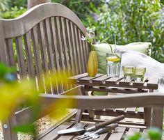 Zahradní lavička s odkládacím prostorem