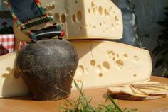 Emmentaler Butter Dish, Dairy, Cheese, Dishes, Food, Interesting Facts, Things To Do, Flatware, Meals