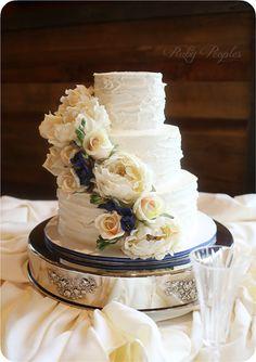 Rustic Sculpted Ercream Wedding Cake