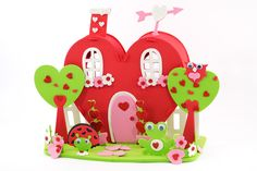 enter to win this!  http://www.carefreecrafts.com/blog/valentines-day-heart-house-product-review-giveaway/?nocache=1#postcomment