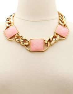 oversized chain statement #necklace Get a discount: http://www.studentrate.com/itp/get-itp-student-deals/Charlotte-Russe-10percent-Student-Discount--/0