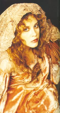 The One & Only Gold Dust Woman.....Stevie Nicks....What can you say! MY ALL TIME FAVORITE ROCK CHICK....SO LOVE HER still rockin' today