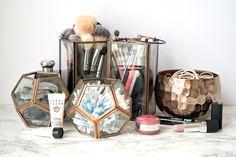 Lantern jars for beauty essentials // 18 of the internet's BEST beauty storage hacks Let your inner neat-freak roam free Makeup Storage Hacks, Makeup Organization, Makeup Hacks, Eyeliner Hacks, Hair Hacks, Mascara Tips, Eyeliner Makeup, Makeup Tutorials, Bathroom Organization